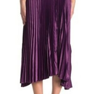 DO+BE Dresses - DO+BE Berry Sleeveless Pleated Dress